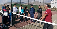 Niğde'ye Tenis Kortları Kazandırılmalı